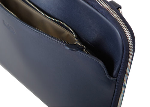 MilanoDesign tablet and iPad case with handles