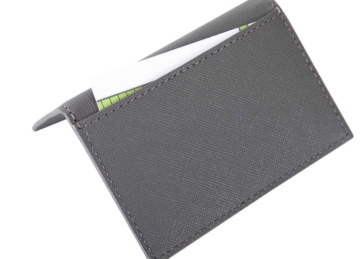 Business card holder RFID with magnetic closure