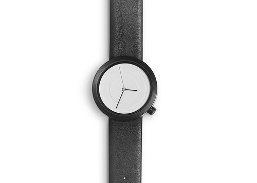 Designer timepieces Air wristwatch with leather strap