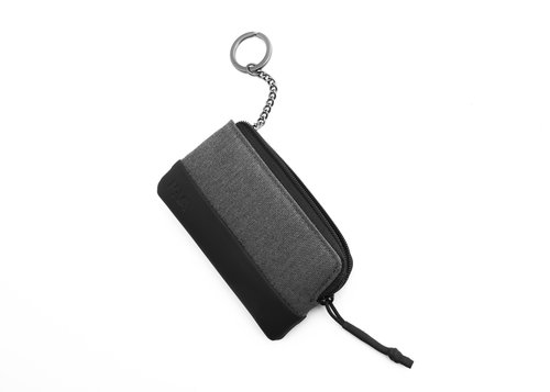 Twin Pouch closed with zipper with chain key ring