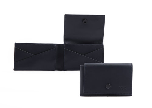 Metric Leather credit card holder with flap and button, 6 cc slots